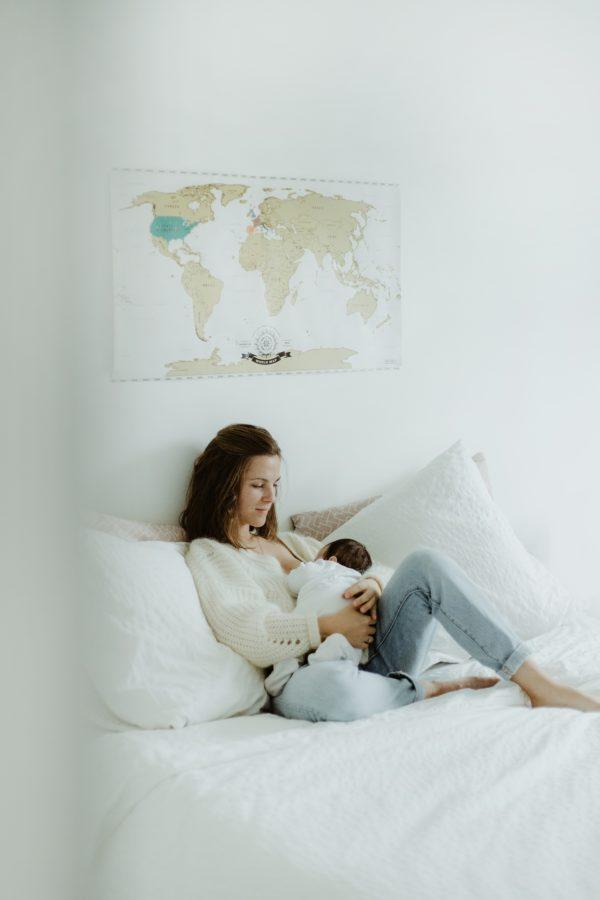 séance photo grossesse allaitement maman bebe Bordeaux photographe