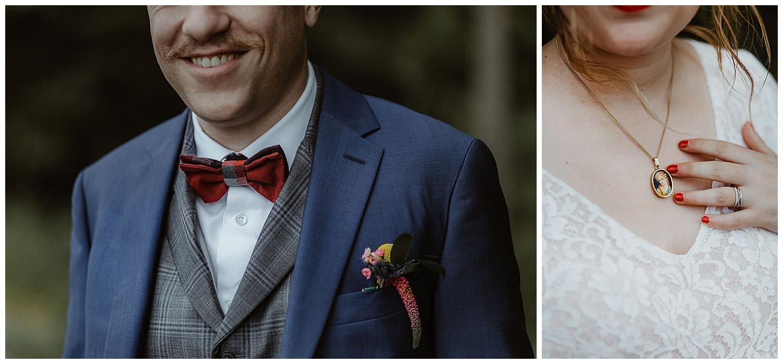 costume du marié et collier de la mariée