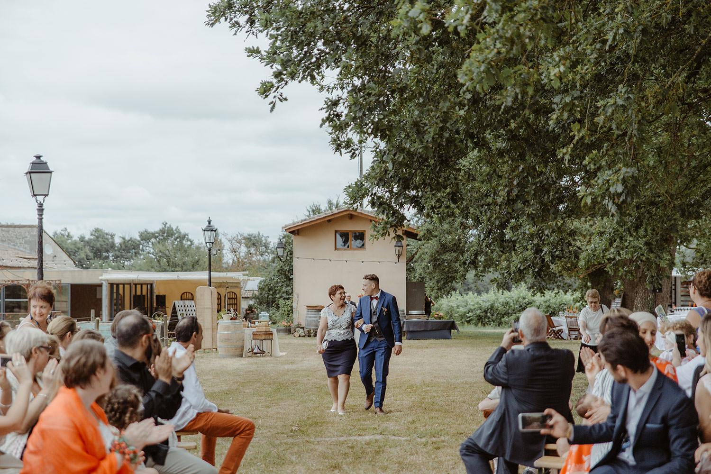 entree du marié mariage chateau de piote